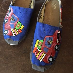 Tom's Hand Painted Loafers size 10